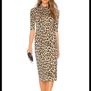 Alice Olivia Delors Fitted MIDI Dress in Leopard